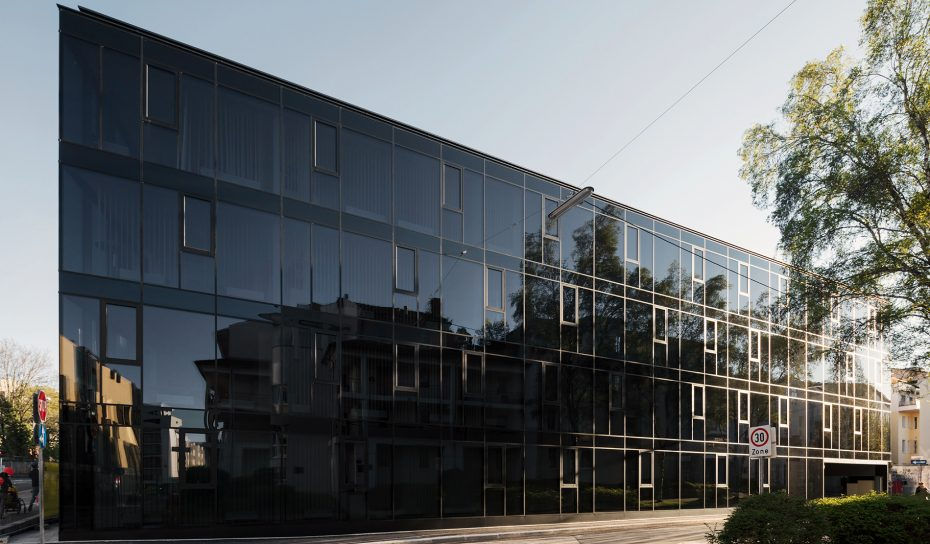 Fassade Oberlandesgericht Museumsstrasse