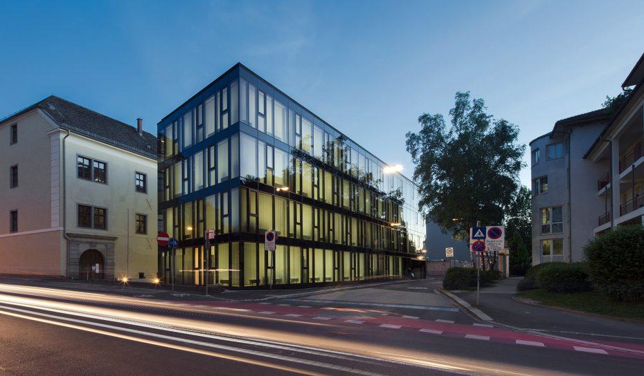 Nacht KaisergasseOberlandesgericht Museumsstrasse