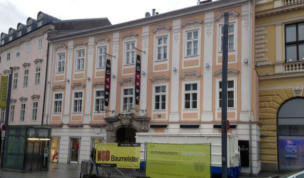 Promenade 9 - Haupteingang